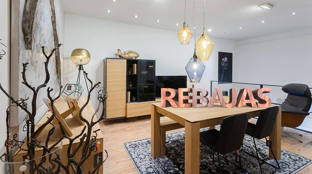 Visítanos en nuestra tienda en Alcalá 326 y descubre muebles con hasta un 60% de descuento